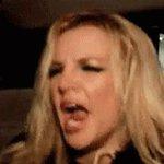 Britney wna tenias que salir ebria, si esa es tu gracia!😒 #VMAs https://t.co/K6RdDzbGB9
