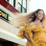 Beyoncé becomes the most-awarded artist in #VMAs history! Congrats, Queen! 👑 @Beyonce @MTV @vmas https://t.co/NzKVZwEdey