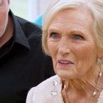 Did someone just say 'Gin and Tonic Drizzle Cake'? #GBBO https://t.co/yuu85LIx8j