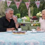 Dunking jaffa cakes?! Oh Paul, Mary will have NONE of that uncouth behaviour! #dunking #GBBO https://t.co/wjNeheMvVI