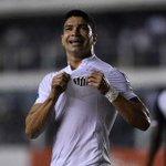 Comemoração do @Renato_11 após o gol, sempre um momento especial na Vila Belmiro #SANxVAS https://t.co/ljC6kVGexL