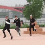 """""""yoongi will be running at isac"""" yall are laughing at yoongi but my boy can run fast https://t.co/WTuP6SW6Q0"""