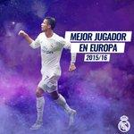 🔝☝🏆  ¡@Cristiano, Mejor Jugador de la UEFA en Europa 2015/16!  ¡Enhorabuena Leyenda! 💪  #RMUCL #HalaMadrid https://t.co/vkkPpi7yqY