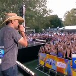 Just owning Central Park right now, @Jason_Aldean!  #AldeanOnGMA https://t.co/skmNGZGHRS