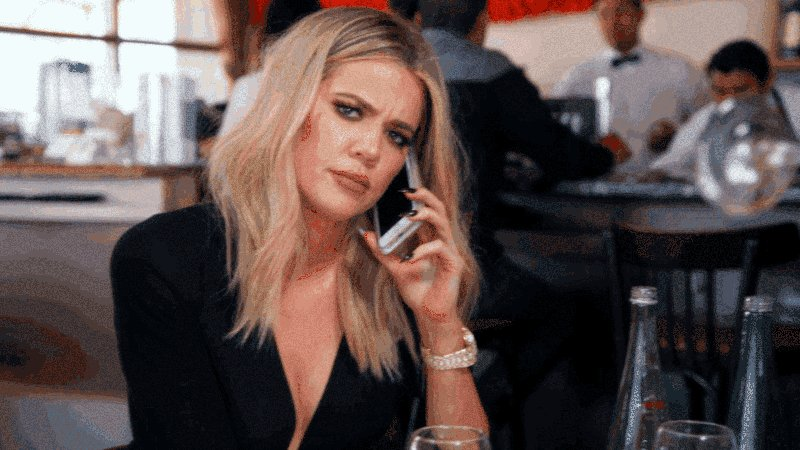 RT @KUWTK: The moment the person you're talking to gets disconnected. #KUWTK https://t.co/IdEDpya3OL