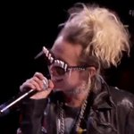 GET IT @MileyCyrus! What an amazing collab with @BillyIdol. #iHeartFestival https://t.co/xVwhGJ5Znh