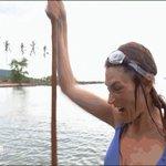#KohLanta  Crie de joie pour Julie !! Elle est fière davoir pêchée un bénitier 🐚 https://t.co/07wpAd2wYX
