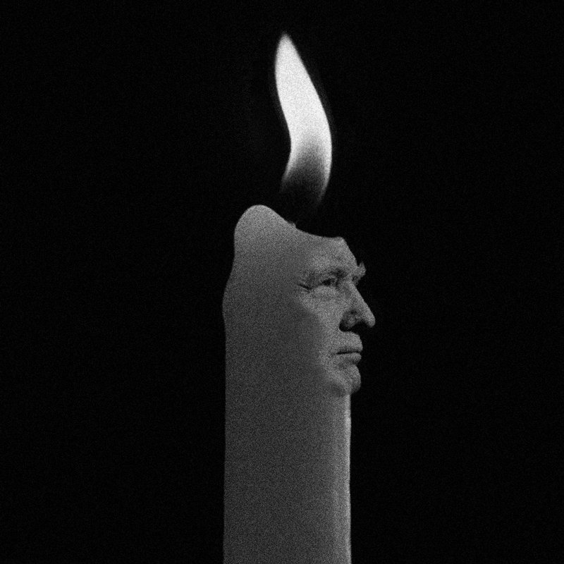 Introducing the #DonaldTrump candle... Lightly blow to give him hair.. get em while they're hot https://t.co/rweZLKas8K