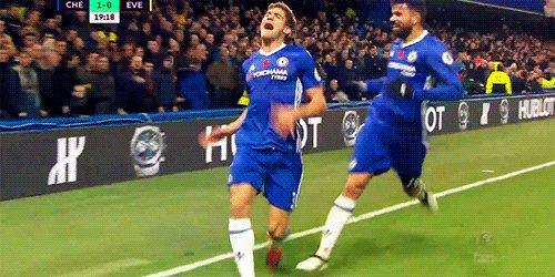 Alonso celebrating