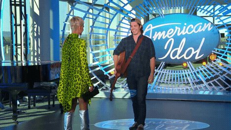 Head over heels for these contestants #AmericanIdol https://t.co/5CKK4BGLcf