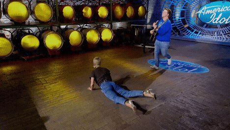 True story: I was sore for a week after doing The Worm. Thanks @mfjpuliti #americanidol https://t.co/49JfS69hAx