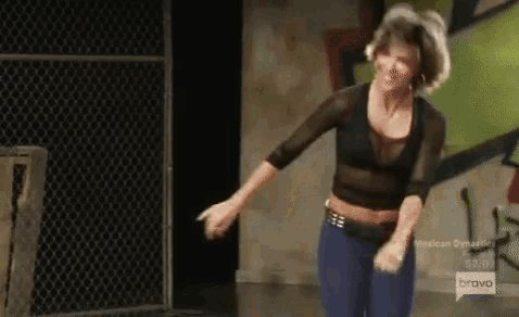 RT @A_Ron06: Excuse me as I go to Amazon to buy @lisarinna workout tape! I need those dance moves in my life! #RHOBH https://t.co/OPwmCDnnW5