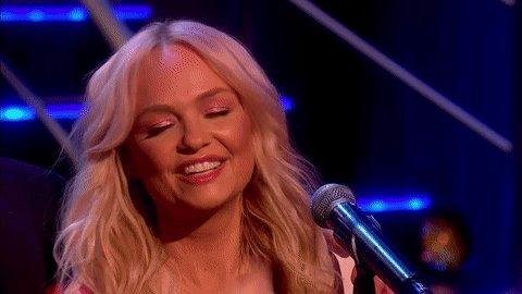 RT @ITV: Gorgeous performance from @EmmaBunton and @JadeJonesDMG ????  #BradleysGuestlist https://t.co/FyZIcB1ZFi
