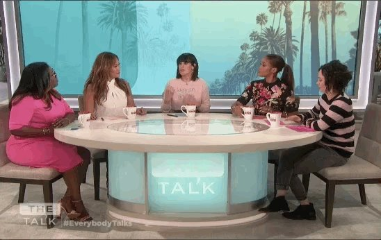 Rumer Willis (@TheRue) is at the table guest co-hosting today! https://t.co/HzUSyitzbM