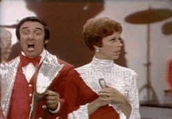 A very happy birthday to Jim Nabors, a funny man who is _rocking_ those lapels...