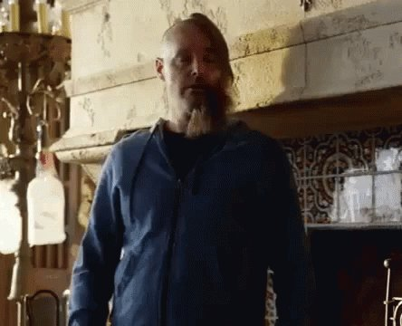 And now for something completly different:  #LastManonEarth ist großartig! https://t.co/ojdc3ITyXe