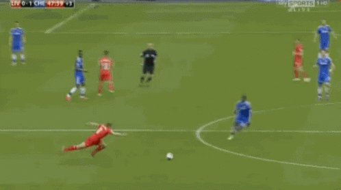 Happy birthday to the one and only Steven Gerrard, who could forget his legendary assist here