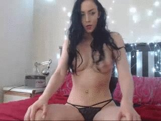I'm online @MyFreeCams! #onmfc https://t.co/x8zxucTL72 Come hang and get weird~😎 https://t.co/SWdFHh