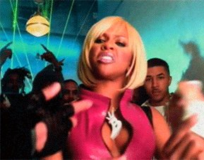 Slipped me his numba on the low I tore it up ! - HAPPY BIRTHDAY Lil Kim !!