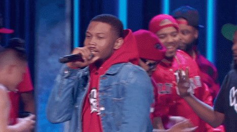 #WildNOut starts right now for #ThrowdownThursdays! RT if you're watching + tweeting along with @WildNOut 💥