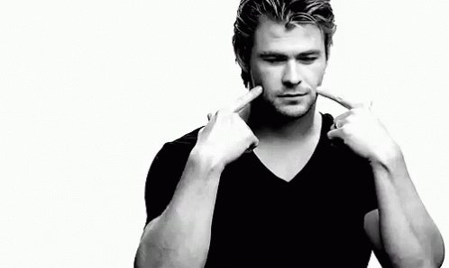 Happy birthday to one and only chris hemsworth, such a great actor, incredible man and the best thor ever!