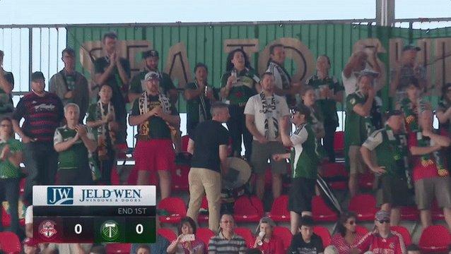 RT @TimbersFC: Scoreless at halftime. #TorontoAway reppin' at BMO Field. #RCTID #TORvPOR https://t.co/X7ZCzh34AI