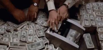 RT @kahfontana: #AindaTenhoEsperançaQue contar dinheiro seja minha única tarefa no dia https://t.co/xge3LCuwWy