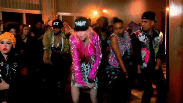 Happy birthday  Check haar 11 beste videoclips om 07:00 uur op MTV!