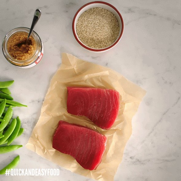 STOP! Tuna time. #QuickAndEasyFood https://t.co/pkZLuheOEJ