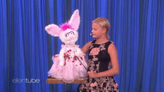 @TheEllenShow: #AGT winner Darci Lynne stopped by my show with her dummy. @ItsDarciLynne https://t.co/GcigoQX6X3 https://t.co/ULdvcHzU0I