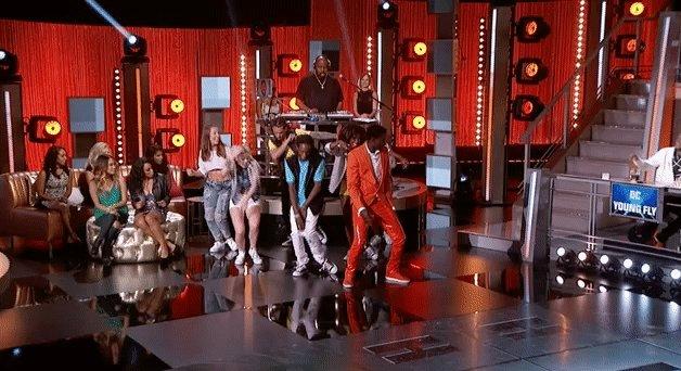 RT @VH1: NAME THAT DANCE. #HipHopSquares https://t.co/1ySJDN4RmY