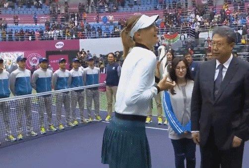 RT @doublefault28: Maria Sharapova ???????????? (????@WTA) https://t.co/vx6YLFU5Nh