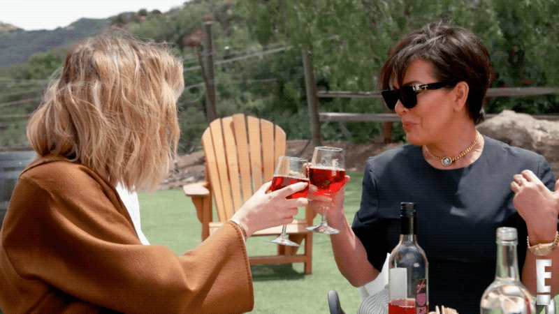 RT @KUWTK: Cheers, fam! #KUWTK starts now! ???? https://t.co/BI6AH1NrHn