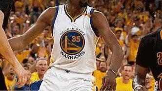 Et bah voilà c'est fait. A toi de jouer mon grand ! 🔥💪🏽 #TTFL #FirstPick #NBA #NBAisback #GameOn https://t.co/OEVA6BZlmu