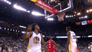 Light work for the champs.Warriors lead the Rockets, 71-62 at the halfNick Young has 20 points.
