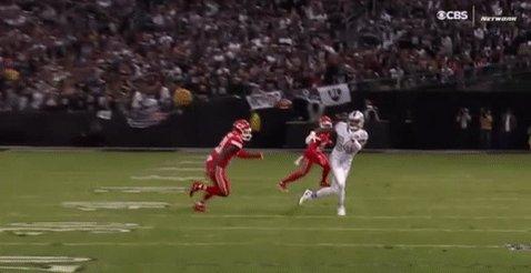 RT @NFL: Whoa, @ceeflashpee84. 😱  #RaiderNation #KCvsOAK https://t.co/5bg54B4pBS