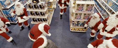 RT @chrspecials: #Christmas #ChristmasSpecials #FredClaus #Santas #FightingSantas #VinceVaughn https://t.co/5BXxlnU0yN