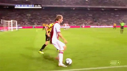 A REMINDER:  Happy Birthday Christian Eriksen Throwback to this nutmeg in 2011.  See ya