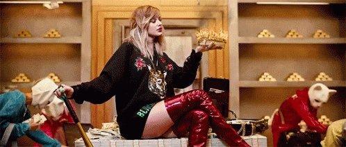 Happy Birthday Taylor Swift!!!!