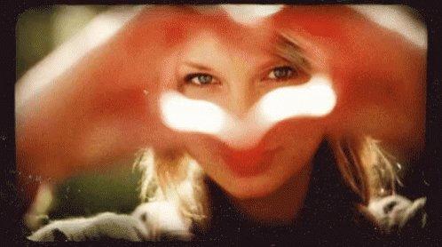Happy Birthday To my hero Taylor Swift