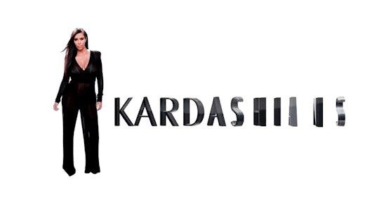 RT @MyLifeIsKimK: Happy #KUWTK Sunday dolls   @KimKardashian @khloekardashian @kourtneykardash @KrisJenner https://t.co/6n466Nmccw