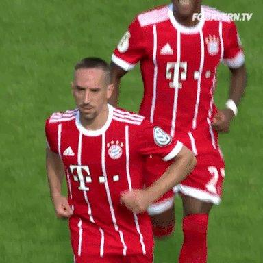 RT @FCBayern: 👑👑👑 Ribéry! Ribéry! Ribéry! Ribéry! Ribéry! Ribéry! Ribéry! #B04FCB 0:2 (59') #MiaSanMia @FranckRibery https://t.co/txYBSELEF3