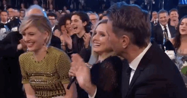 RT @chalametswift: LOOK AT HIM LAUGHING https://t.co/p853z5CLtX