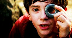 Happy birthday Freddie Highmore