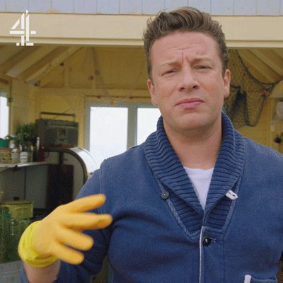 You know you're in for a good weekend when the rubber gloves come out… ???? #FridayNightFeast #ItsTheWeekend https://t.co/JCKrHb4BIp