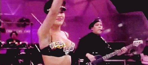 Happy birthday to Selena Quintanilla!