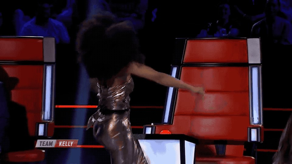 I got him! I got him! We are about to change the entire game, Sam. #TheVoiceAU #TeamKelly https://t.co/cE1YAAQuhB