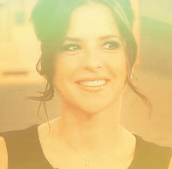 Happy Birthday Kelly Monaco !!