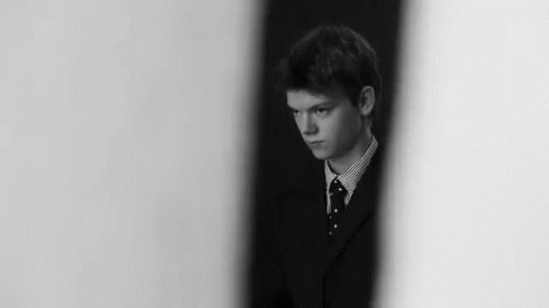 Happy Birthday to Thomas Brodie Sangster i love you honey