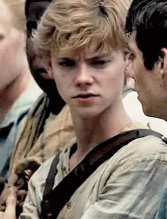 Wowowow happy birthday Thomas Brodie-Sangster